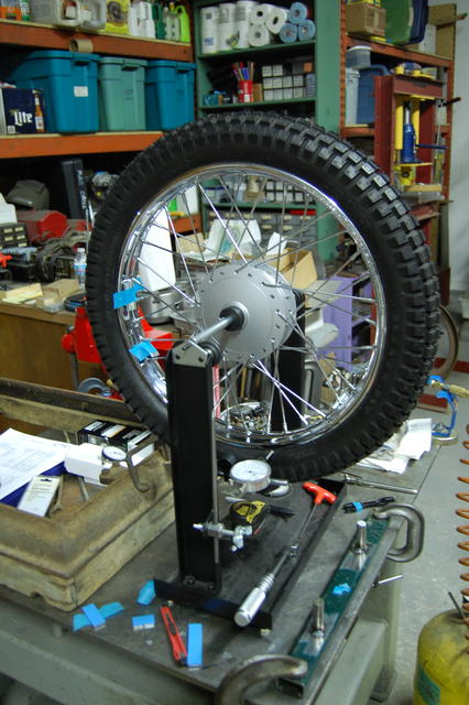 Truing the first front 01.JPG