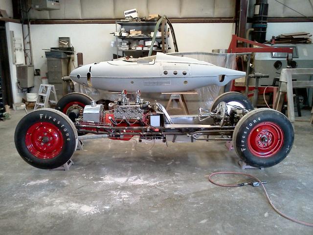 Belly Tank Racer 01.jpg