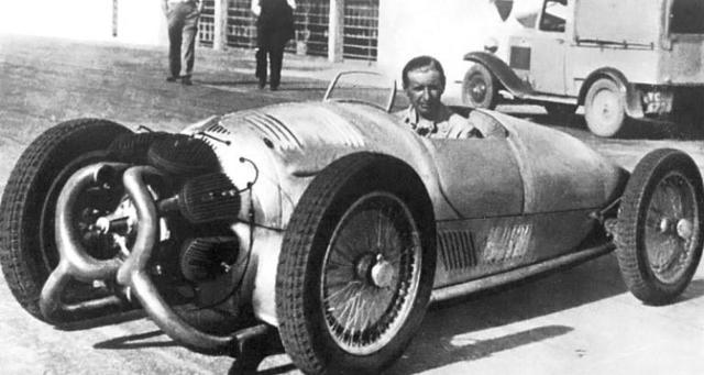 1935 Monaco Trossi Grand Prix car then.jpg