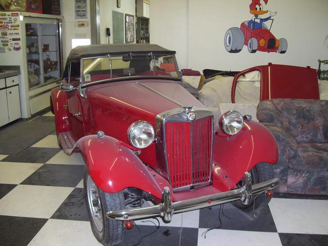 Elliott's 53 MGTD 137.jpg